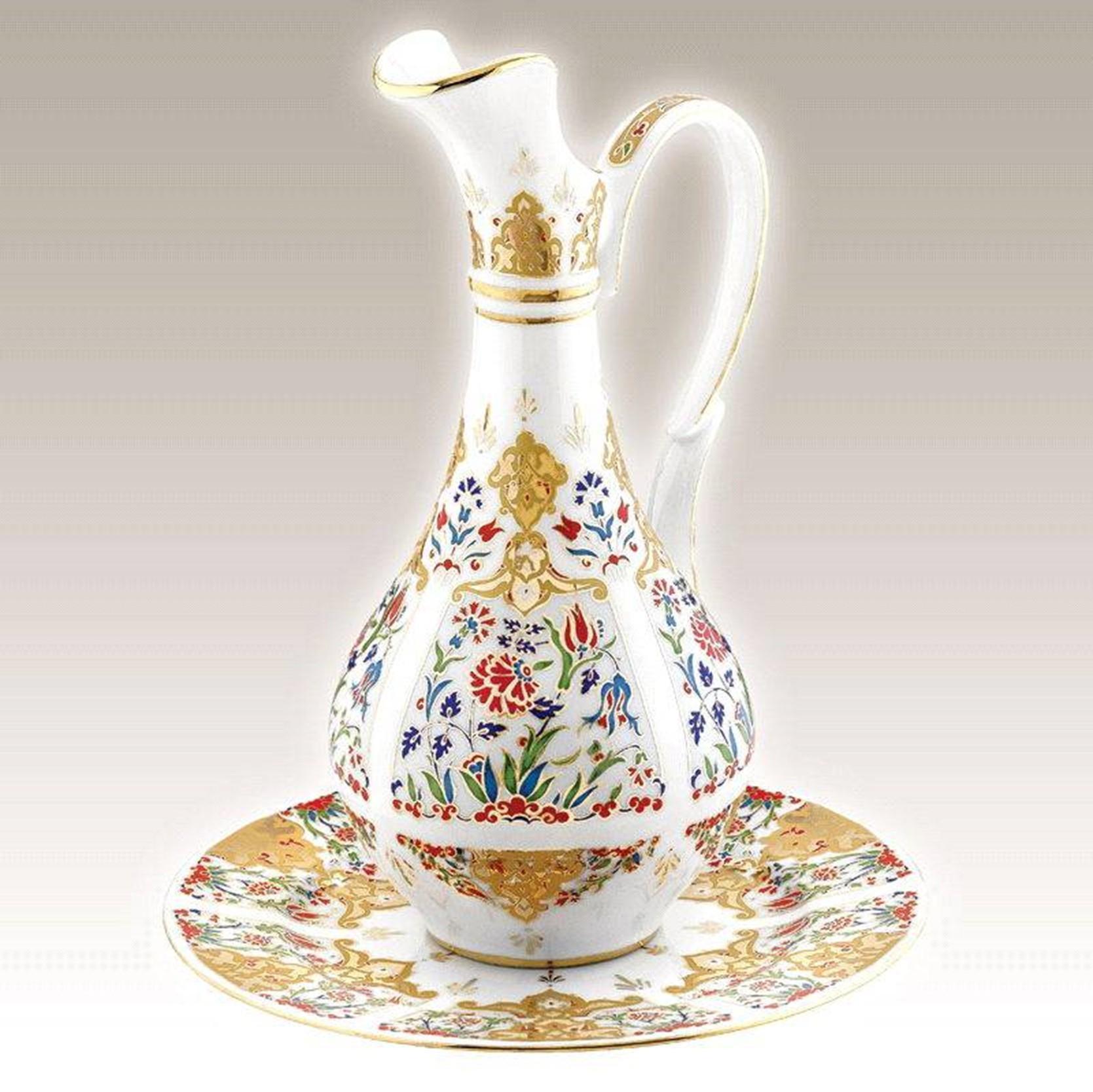 Kutahya Porselen PL02ST01412 Hand Made Antique Carafe