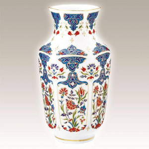 Kutahya Porselen AN25VZ01415 Hand Made Antique Vase