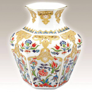 Kutahya Porselen HK15VZ01412 Hand Made Antique Vase