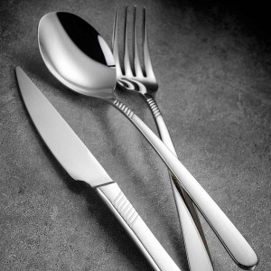 كوتاهيا بورسلان راقي طقم 89 قطعة ملاعق وشوك وسكاكين